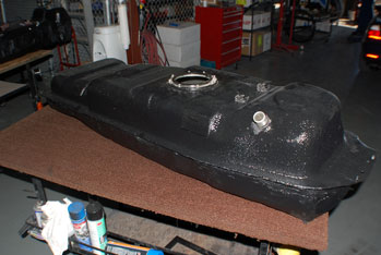 Self Sealing Fuel Tank
