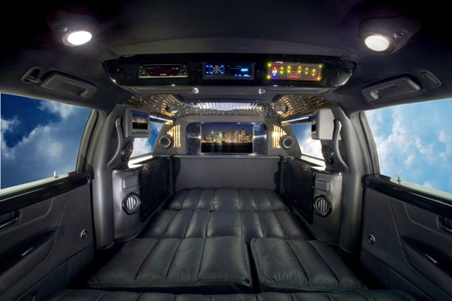 armored vehicle photo galleries bullet proof cars trucks and suvs. Black Bedroom Furniture Sets. Home Design Ideas